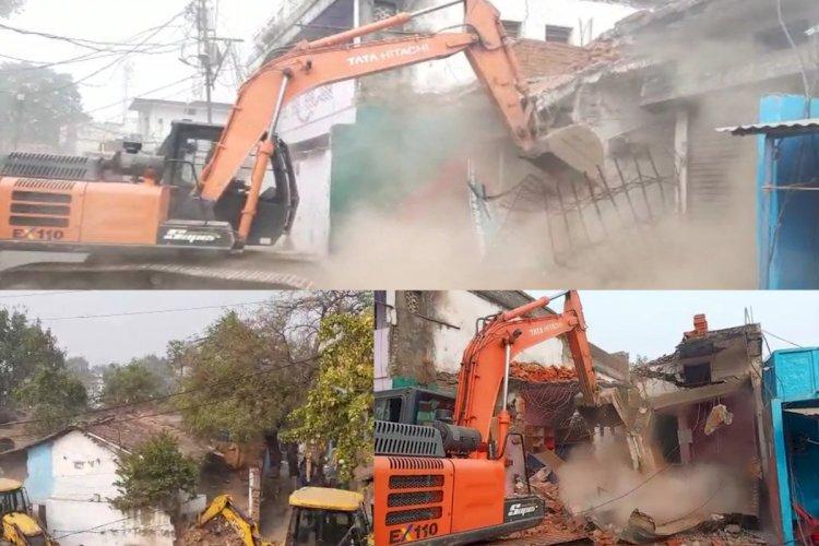 प्रशासन हुआ सख्त : भूमाफिया शेखर सोनकर पर शिकंजा, 2 करोड़ रुपये कीमत का अवैध निर्माण जमींदोज