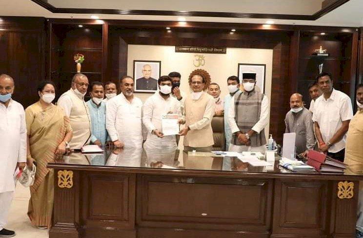 छिंदवाड़ा विकास की विभिन्न कार्ययोजना हेतु भाजपा नेताओं का प्रतिनिधि मंडल प्रदेश के मुख्यमंत्री से मिला